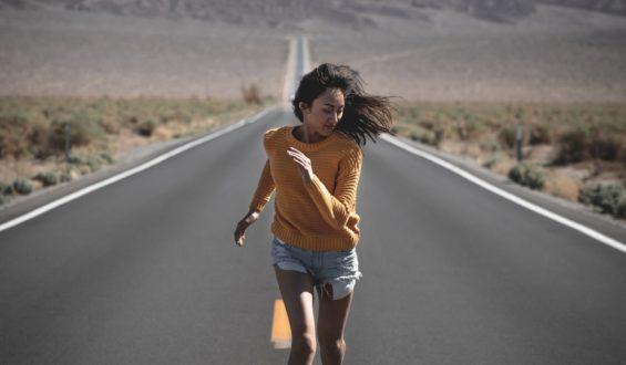 Do biegania warto kupić odpowiedni strój i buty